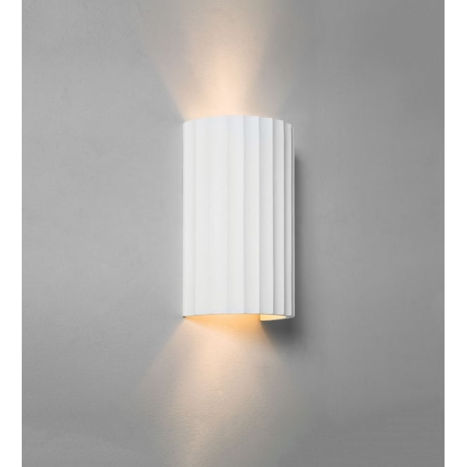 Astro Lighting Kymi 220 interior wall light white plaster finish