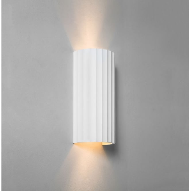 Astro Lighting Kymi 300 interior wall light white plaster finish